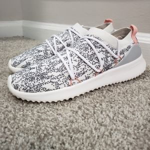 ADIDAS Ultimamotion Running Shoes - Womens